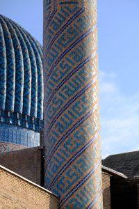 塔外壁模様の拡大図